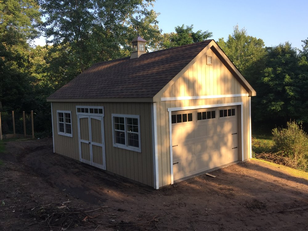 16x24 Gable Deluxe Garage Door.JPG