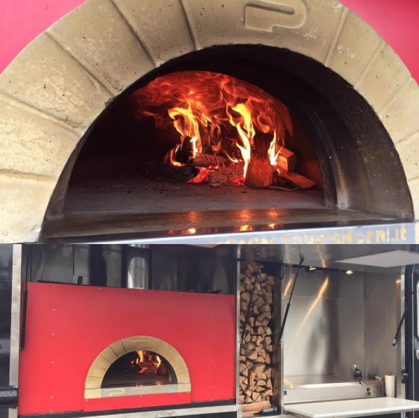 PizzaByFire01.jpg