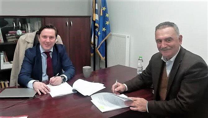 Υπογράφηκε στο Leader η σύμβαση για την ανάπλαση της πλατείας του Κοπανού