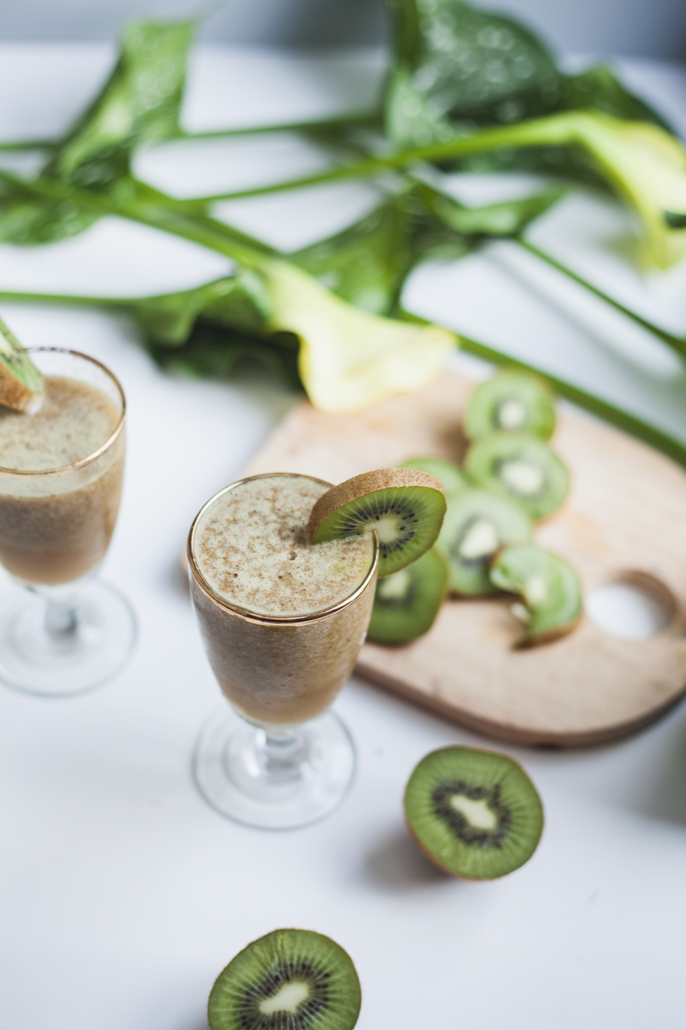 kiwi prosecco cocktail recipe | will frolic for food