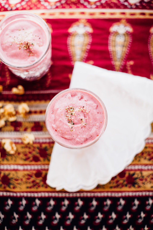 raspberry-maca-smoothie-4518.jpg