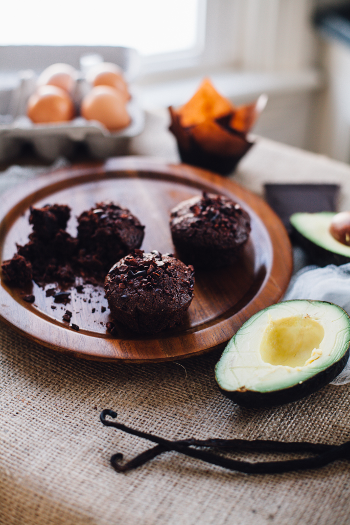 gluten free avocado brownies that are seriously fudgey and EASY! recipe via will frolic for food