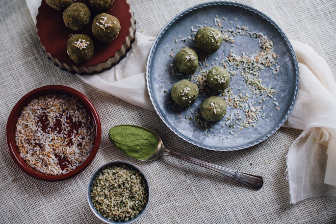 raw matcha toasted coconut butter energy bites (vegan) recipe via will frolic for food