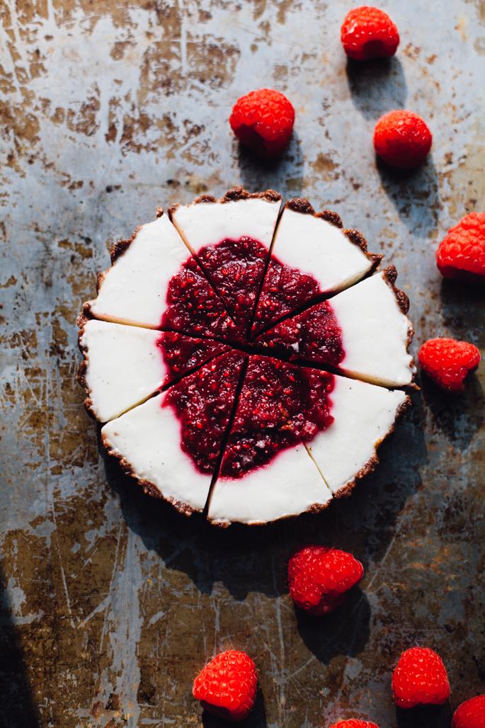 raspberry-rhubarb-yogurt-tart-gluten-free-2902.jpg