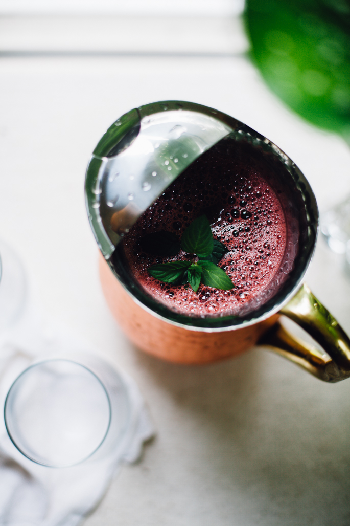 bloody good watermelon juice (beet + kale + watermelon + mint) | recipe via will frolic for food