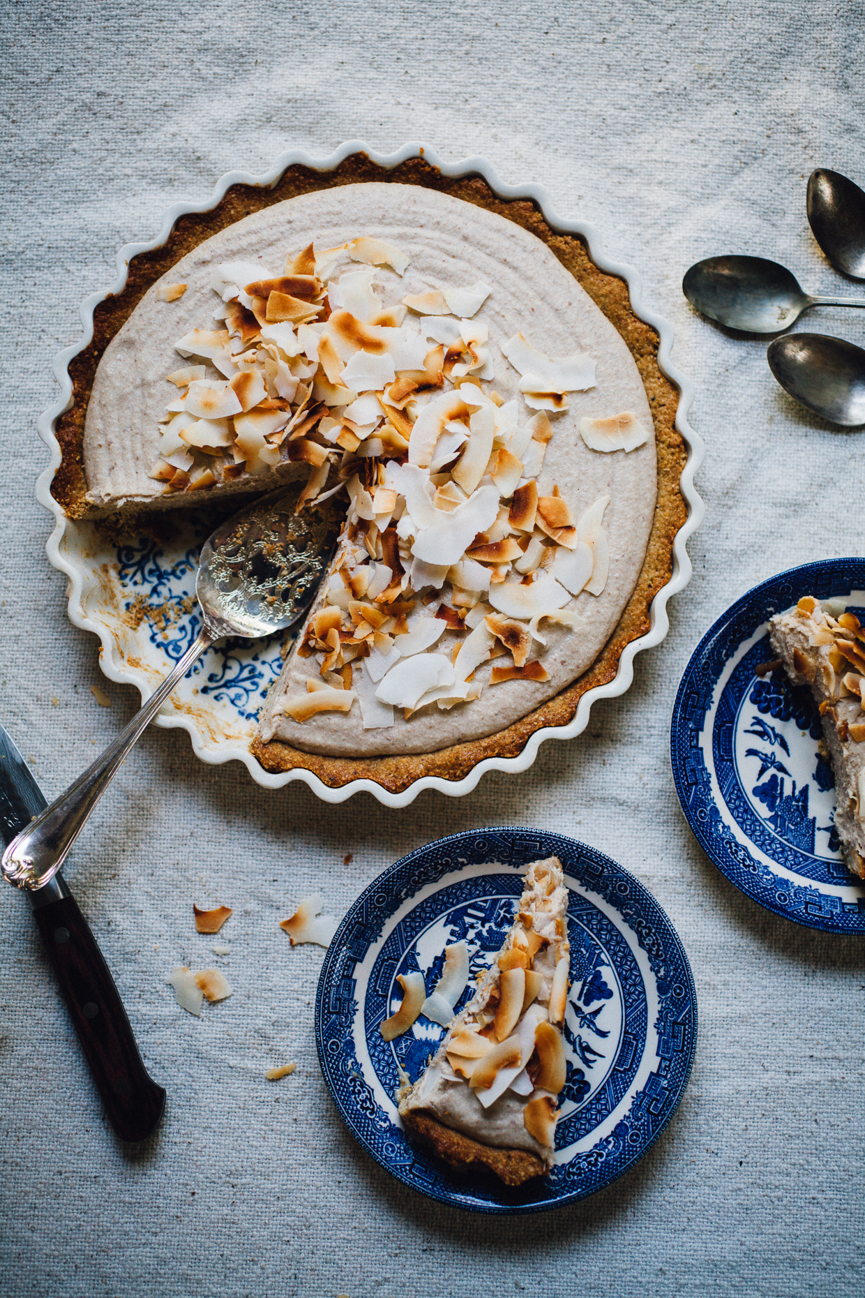 vegan coconut cream pie! easy, gluten free, and delicious! willfrolicforfood.com