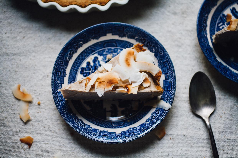vegan coconut cream pie! easy, gluten free, and delicious! willfrolicforfood.com