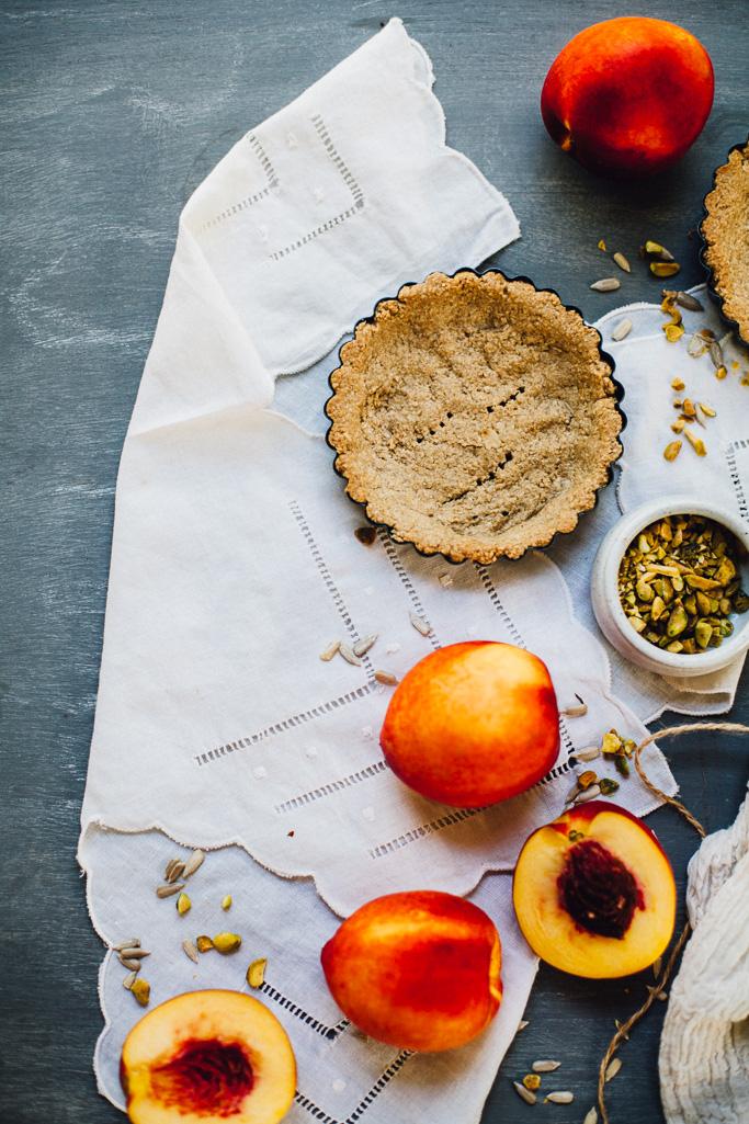 vegan nectarine pistachio yogurt tarts | plus a recipe for DIY probiotic coconut yogurt | recipe via willfrolicforfood.com