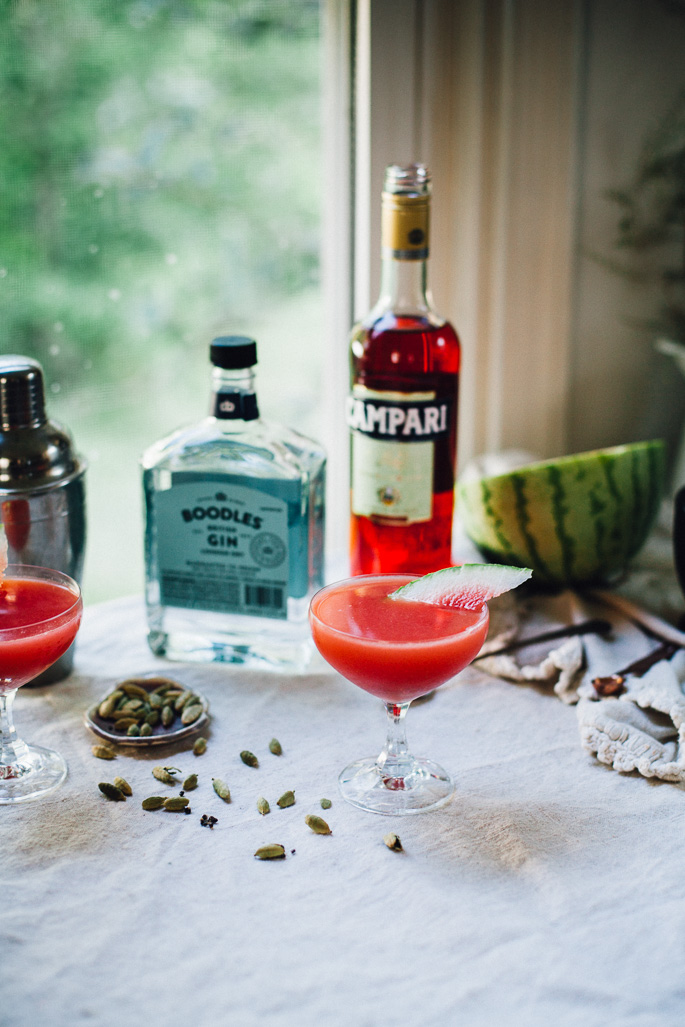 the sugar hollow | watermelon gin cocktail with cardamom and lime | recipe via willfrolicforfood.com
