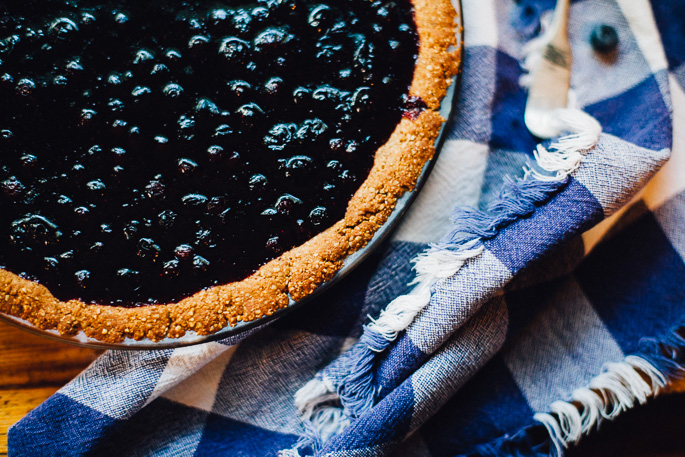 huckleberry pie | willfrolicforfood.com