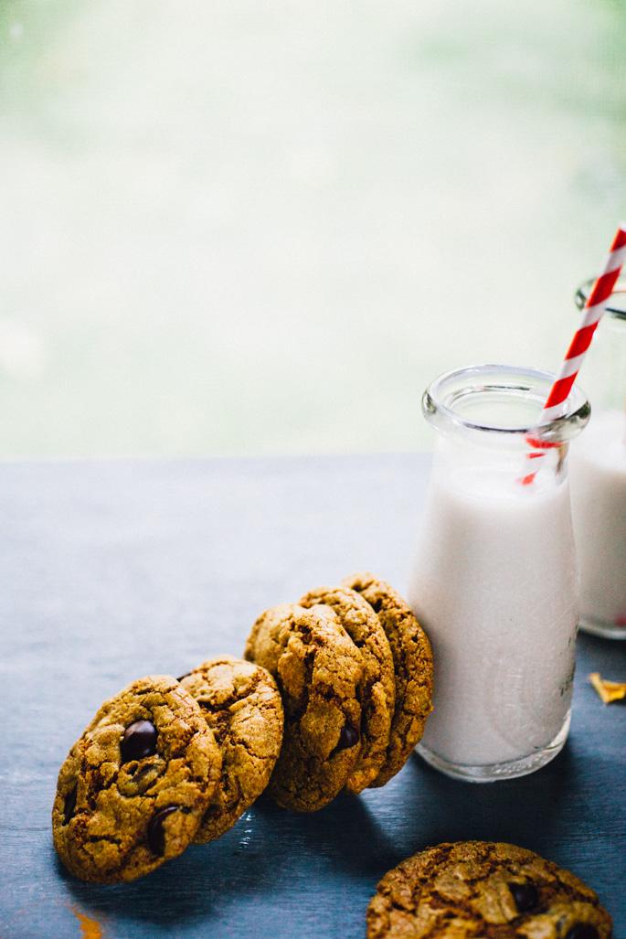 turmeric-teff-cashew-butter-cookies-chocolate-chip-recipe-9104.jpg