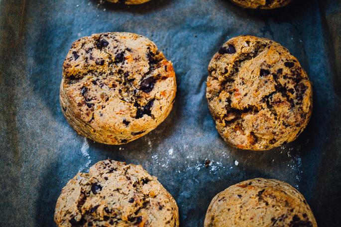 vegan sweet potato chocolate chip scones | recipe via willfrolicforfood.com