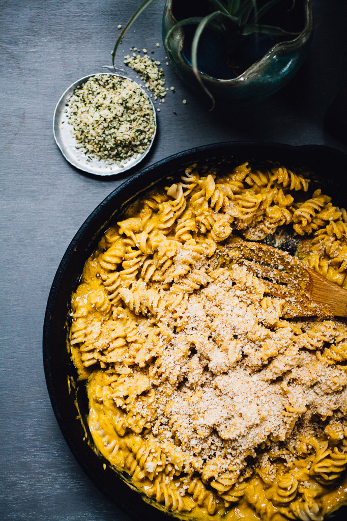 vegan sweet potato mac n' cheese | gluten free recipe via willfrolicforfood.com