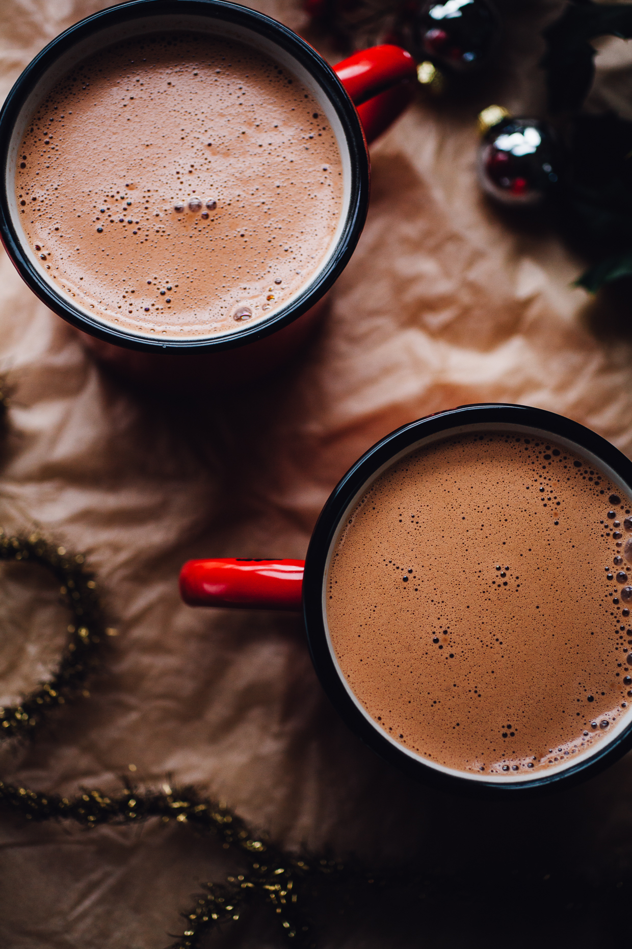10 minute cashew maca hot chocolate (vegan) | willfrolicforfood.com