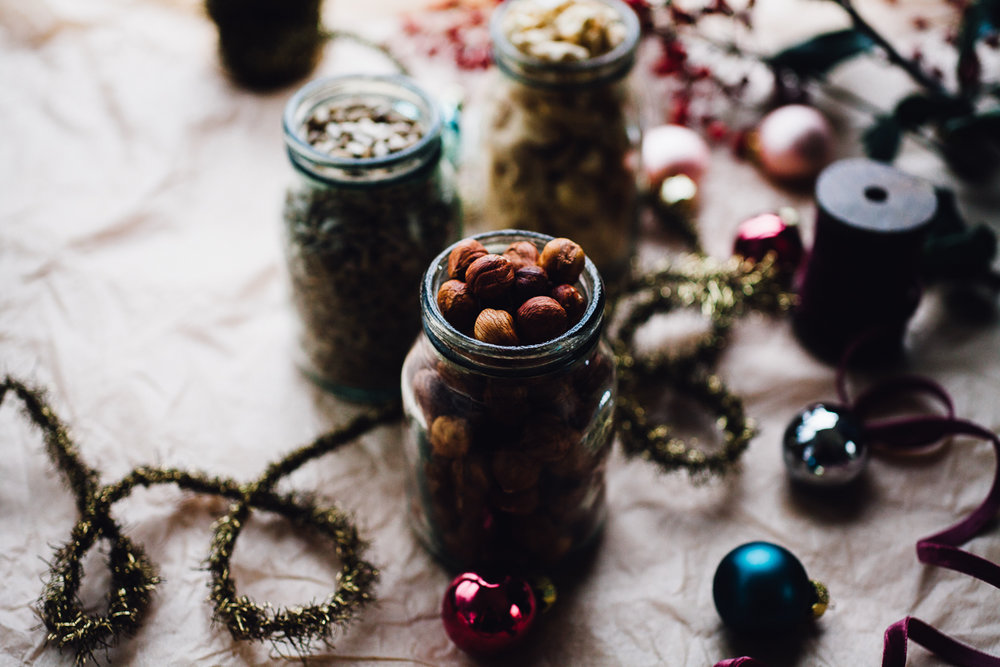 DIY Gourmet Nut Butters + Healthy Holiday Gift Guide | willfrolicforfood.com