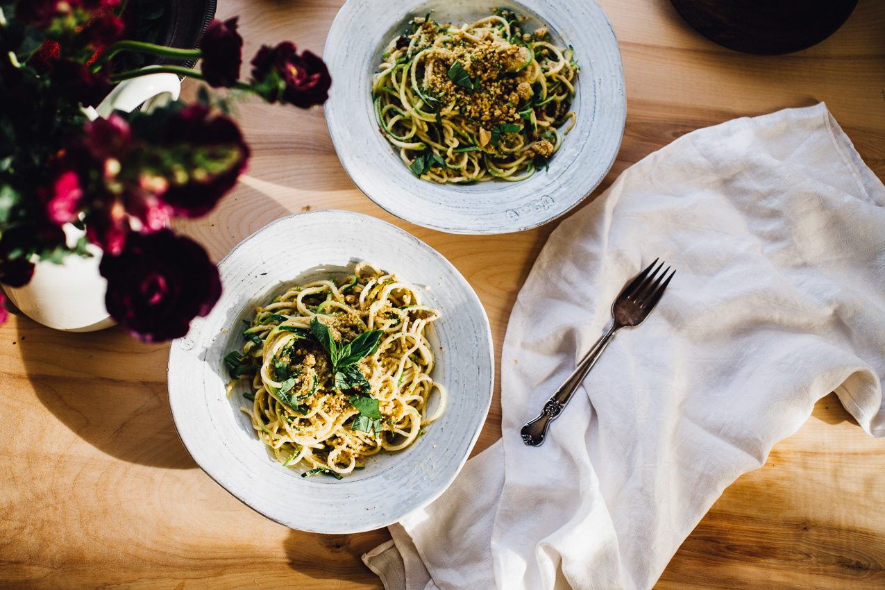 vegan walnut parmesan zucchini noodles | recipe via willfrolicforfood.com