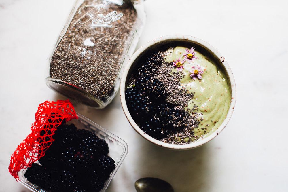 spirulina cream dream smoothie | recipe via willfrolicforfood.com