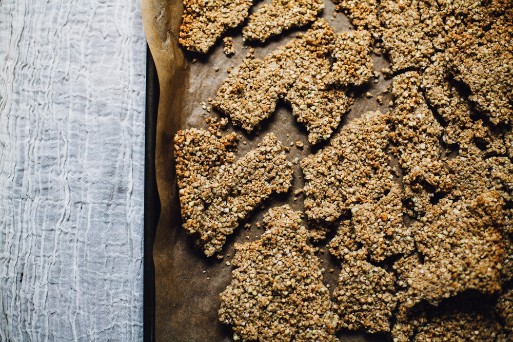 grain-free buckwheat sunflower seed granola (vegan) | recipe via willfrolicforfood.com