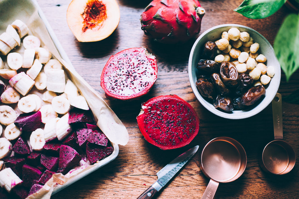 dragonfruit smoothie bowl with cashew butter, banana and raspberry | Recipe via willfrolicforfood.com
