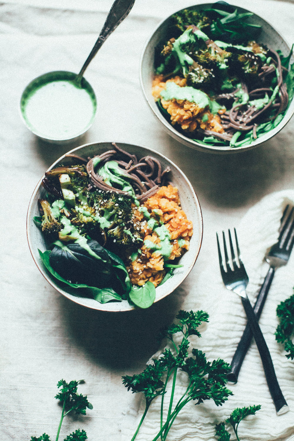 roasted tamari broccoli buddha bowl with soba, bbq lentils and parsley tahini dressing | recipe via willfrolicforfood.com
