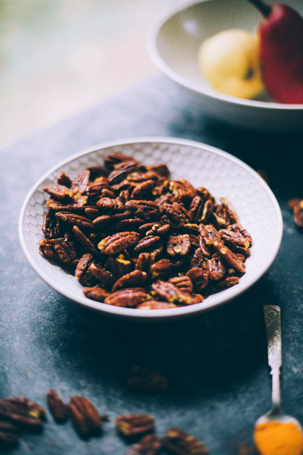 coconut sugar pecans with cinnamon and turmeric | recipe via willfrolicforfood.com