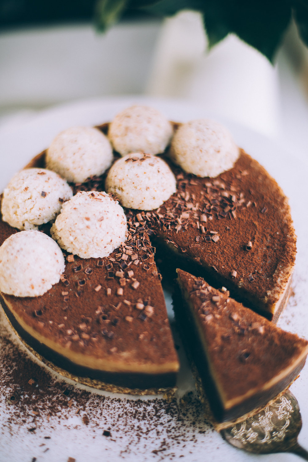 raw-vegan-chocolate-cashew-caramel-cake-7177.jpg