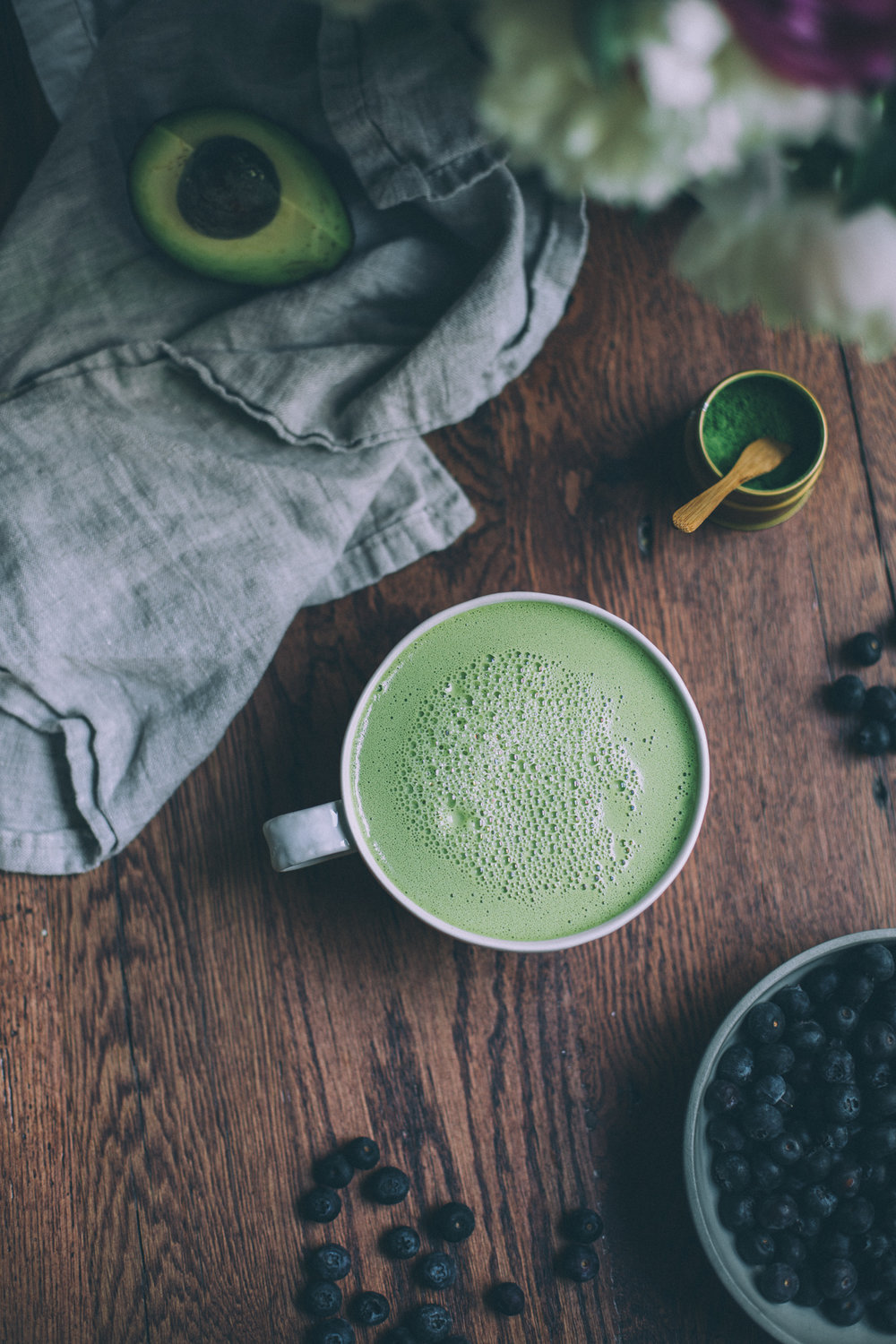 1 minute dairy free green tea latte! made with coconut cream, cashew butter and honey | recipe via willfrolicforfood.com