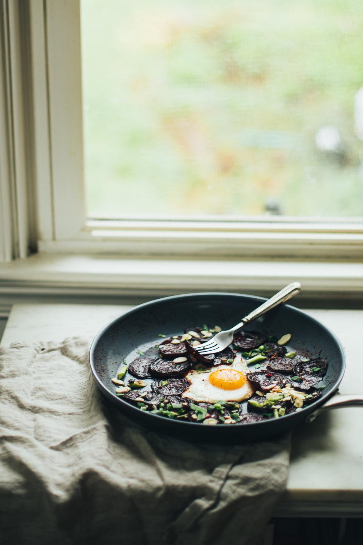 tamari-egg-pan-5552.jpg