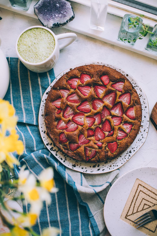 strawberry-violet-cake-6722.jpg