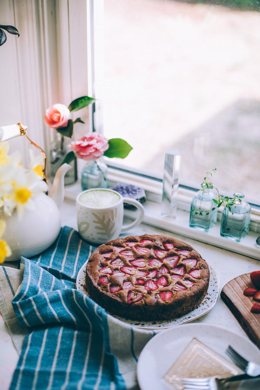 strawberry-violet-cake-6709.jpg
