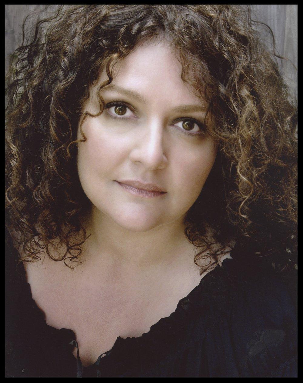 Aida Turturro Headshot.jpg