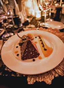 Apres-Noir_Dessert-221x300.jpg