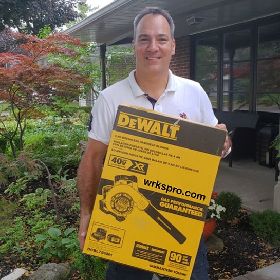 It takes an average of 52 days to get hired in construction. WRKS'er Gabor was hired as a project manager in just 6 days on WRKS!!! And he won our #dewalt blower giveaway and shared his story with us. #success Tell us your hiring highs and lows below, we'd love to hear from our community #construction #family #work #job #hiring #now #building #buildings #future #control #freedom #fast #easy IT'S UP TO YOU! #joinwrksnow #leapthegap