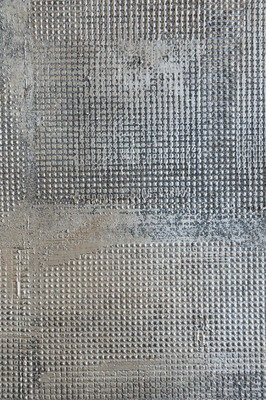 Broken Metal Silver Mini