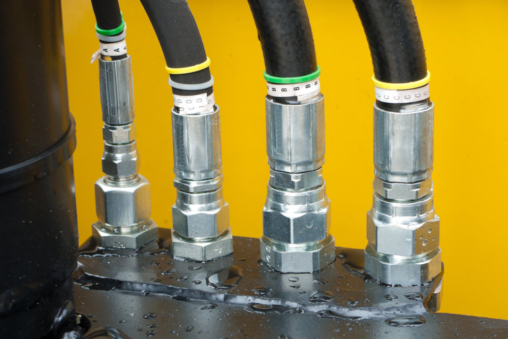 Hydraulic Hoses - We make all our own hydraulic hose assemblies; including the Synflex twin line for mast hoses.