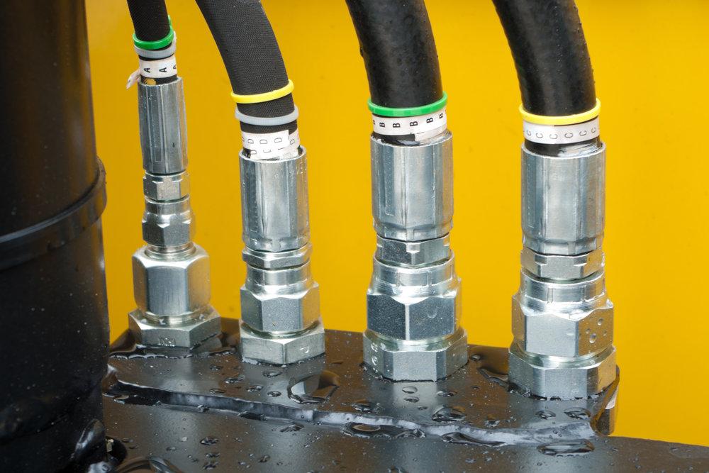 Mangueras Hidraulicas - Fabricamos todos nuestros ensambles de mangueras hidráulicas; incluyendo la línea gemela Synflex para mangueras de mástil.