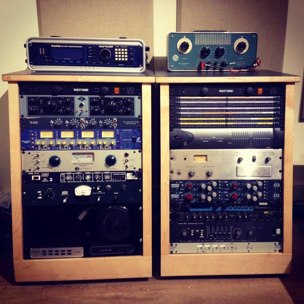 rack units at acme.JPG