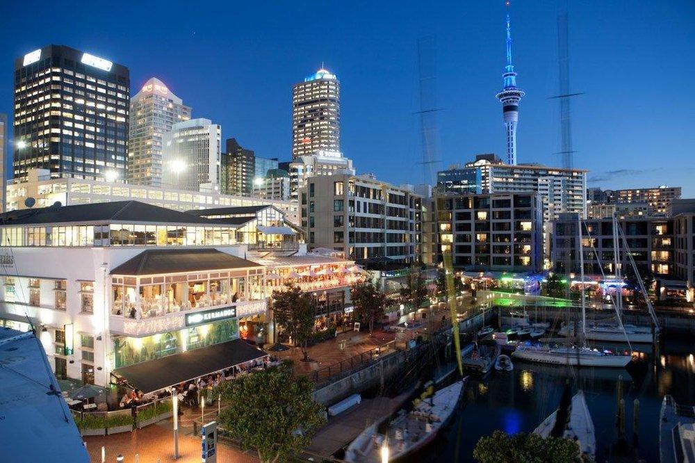 Auckland-night.jpg
