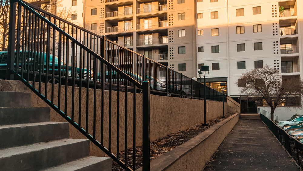 hartford-fence-company-commercial-steel-railing-black.jpg