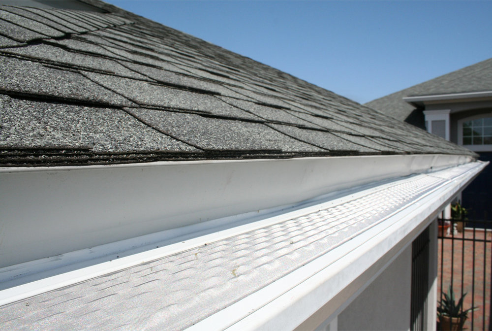 Roof Gutter Repair by Blue Door Painting
