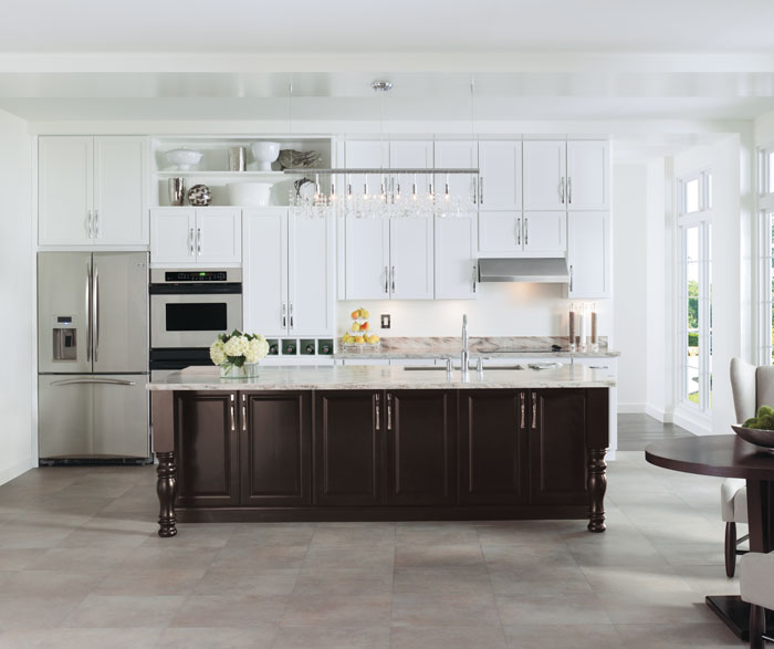 painted_white_kitchen_cabinets.jpg