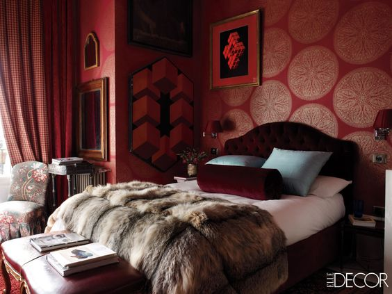 red-patterned-walls-fur-bed-cover.jpg