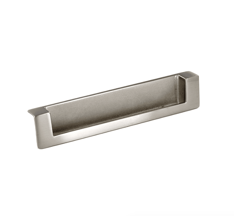 Richelieu Contemporary Recessed Metal Pulls