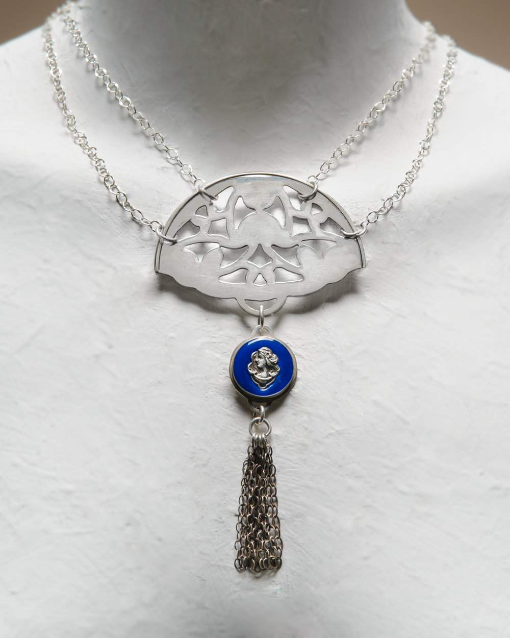 Necklace Blue Belle.jpg
