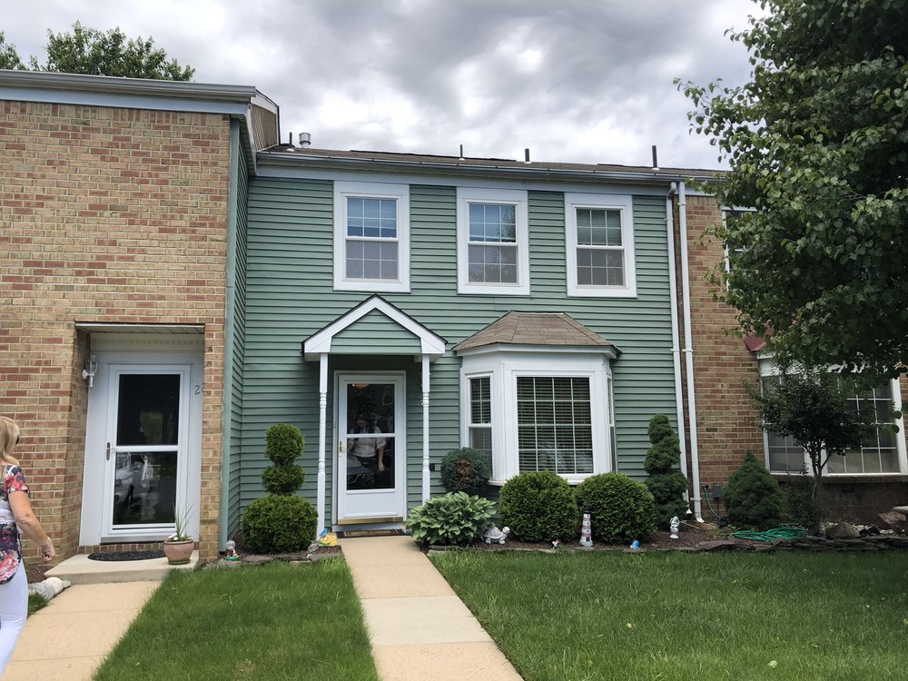 21 Cloister Ct, Old Bridge $289,950 Arlene Messina