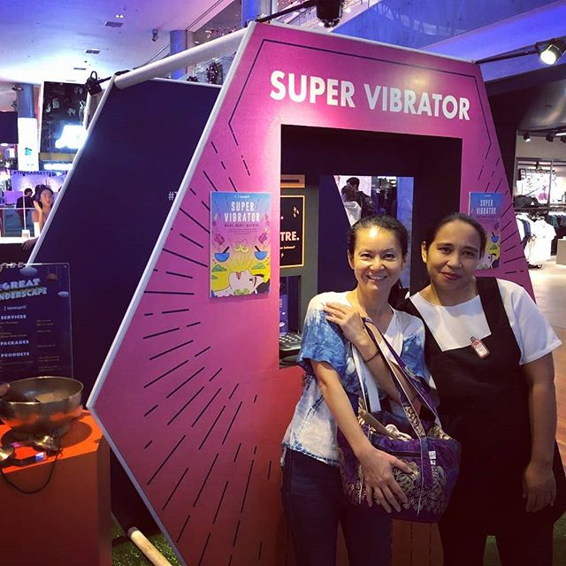 Head down to ION and check out @spaesprit Super Vibrator Booth. . . Receive a complimentary energy reading at the booth... . . And do remember to check out their Super Vibrator Massage that is being sold at a special price! . . Their booth is available at ION till Wednesday 7th Nov. So if you are in town, drop by ION & enjoy the great vibes!  #shima_healing #energyreading  #massage #supervibrator #spa #singingbowltherapy #vibrationalmassage