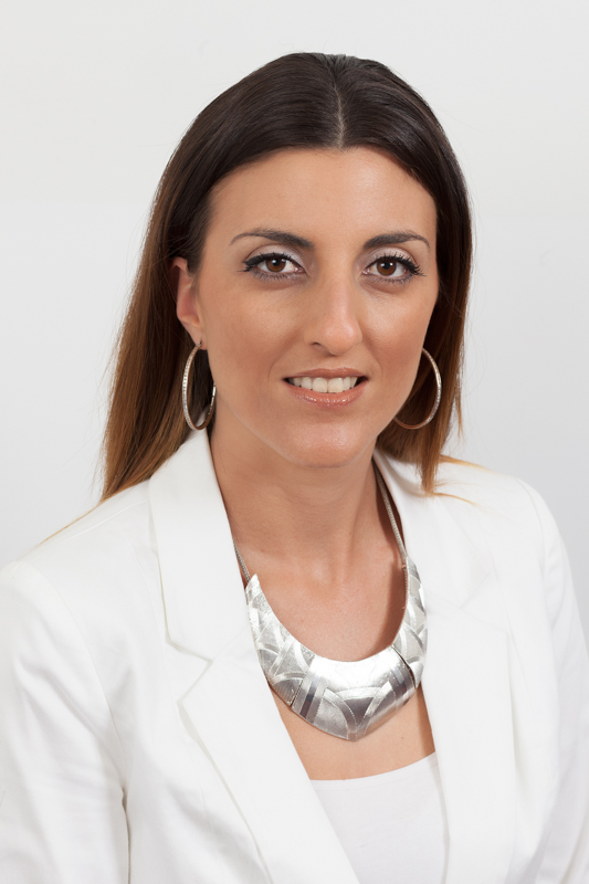 Valentina Taparcevski   Valentina is an experienced Consultant, Auditor and Recruiter. She has worked in both medical and nursing agencies placing staff. Valentina has built quality management systems for agencies and is a qualified Lead Auditor for ISO 9001. She has a Certificate IV in Occupational Health and Safety.  She has been conducting iSafe Assessments across Queensland for white collar contractor placements since 2016.