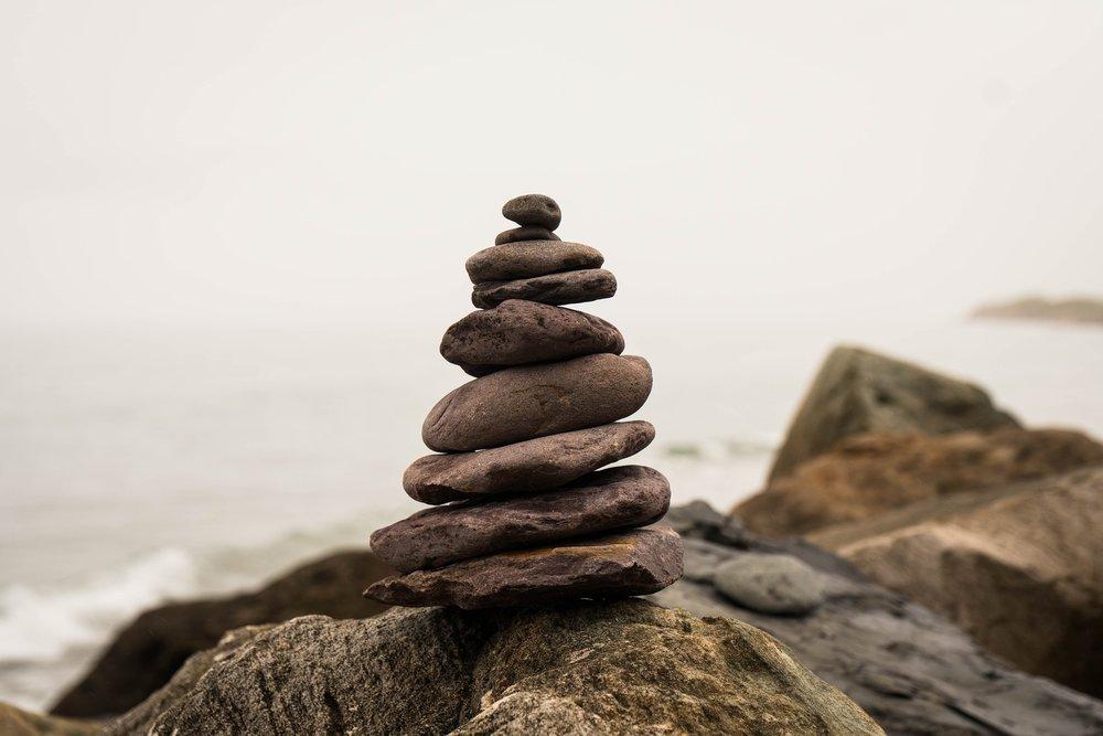 balance-2745786_1920.jpg