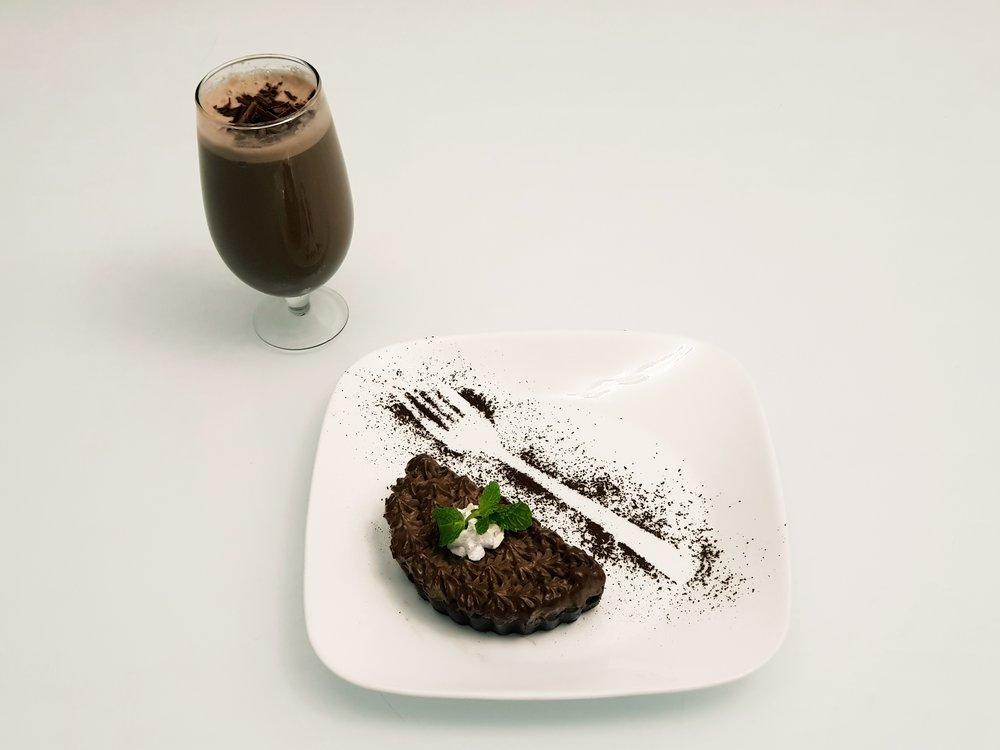 Cold Beverage + Dessert @Rs.350 only