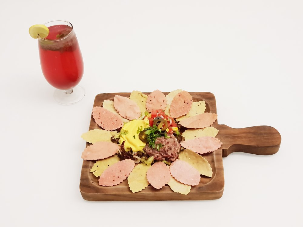 Cooler & Nachos @Rs.300 only